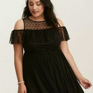 Torrid Large Dress Star Mesh Ruffle Cold Shoulder